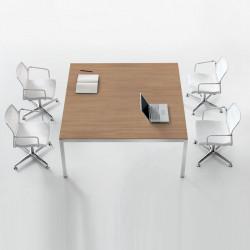 Table de réunion 4 personnes avec piétement blanc