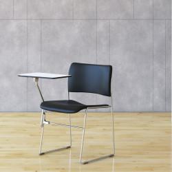 Chaise avec tablette écritoire