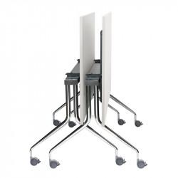 Table avec plateau basculant et roulettes