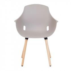Chaise en polypro et pieds bois