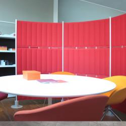 Cloison acoustique de bureau modulaire