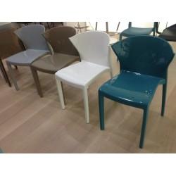Chaise en polypropylène NORDIQUE - coloris