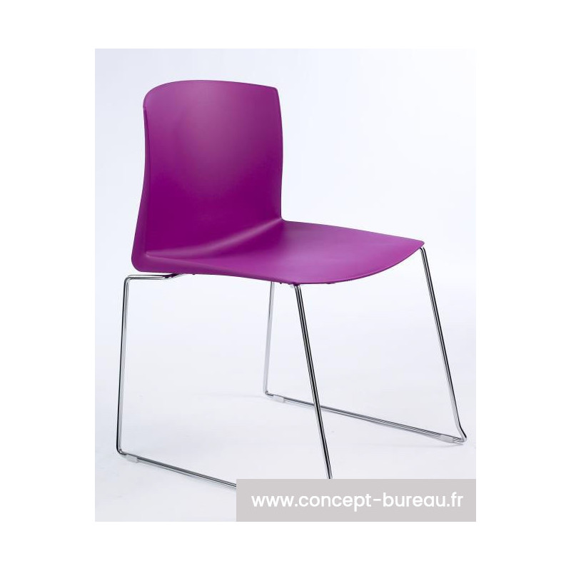 Chaise empilable en polypro FARBE