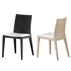 Chaise de restaurant TWIG - finition chêne wengé à gauche / chêne naturel à droite