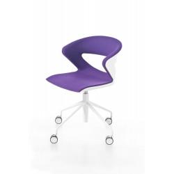 Chaise polypro sur KICCA