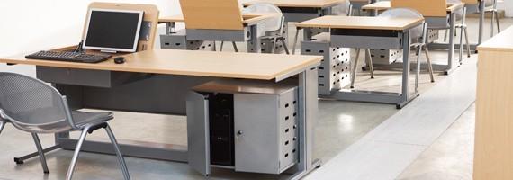 Mobilier informatique, rangement facile, ergonomie au travail