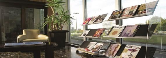 Aménagez votre espace d'accueil avec des objets déco et design