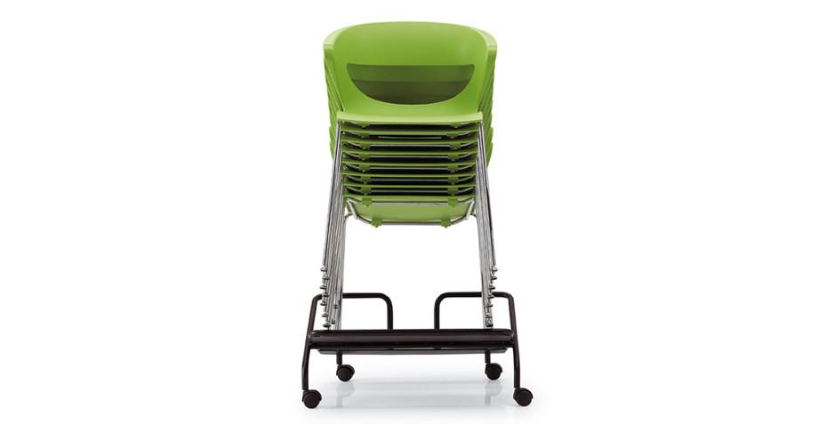 Chaise polypro empilable par