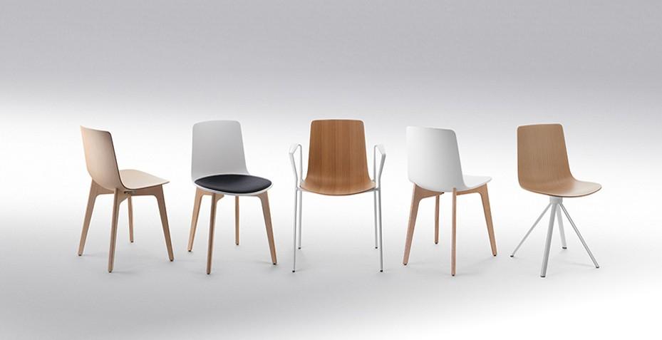 Simples et élégants, nos chaises et fauteuils de la gamme YASMA seront à la hauteur pour accueillir vos visiteurs !