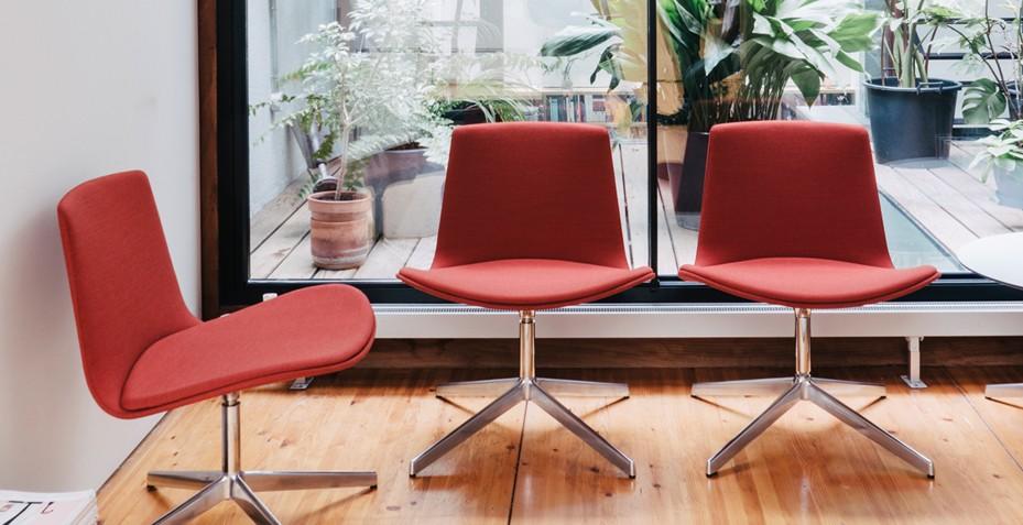 Multifonctionnelle, notre chaise saura aussi bien dans votre espace d'attente que dans votre hall d'accueil!